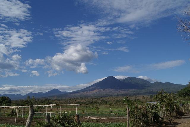 Vista desde Caluco Sonsonate a Volcán de Izalco