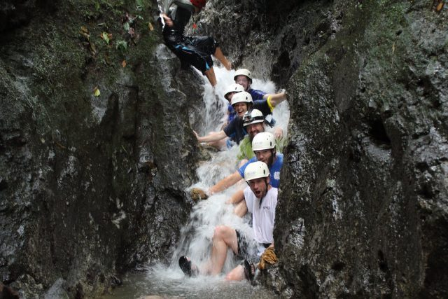 Costa Rica Volcán Arenal Canyoning Caribe Shuttle