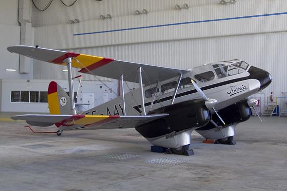 El EC-AYY en el hangar de pintura de Iberia