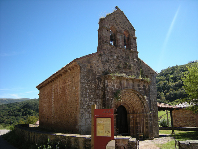 Iglesia_Santa_Juliana_Camino_Lebaniego_Cantabria
