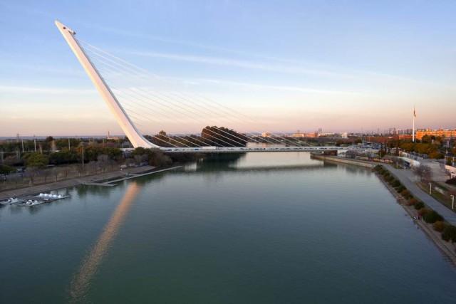 Puente_Alamillo_Sevilla_Calatrava_Guadalquivir
