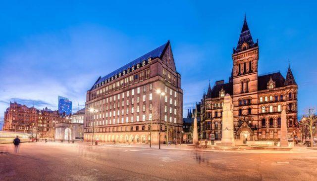 Reino Unido-Manchester-Ayuntamiento-Shahid Khan-Shutterstock