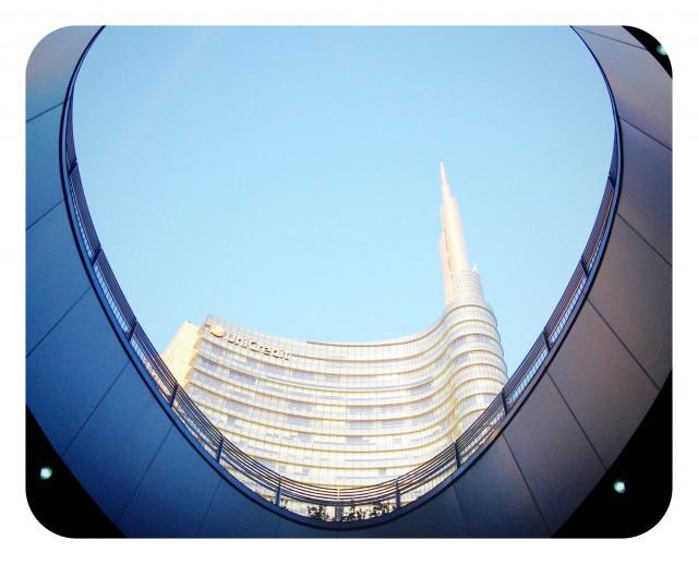 Torre Unicredit en Milán, Italia
