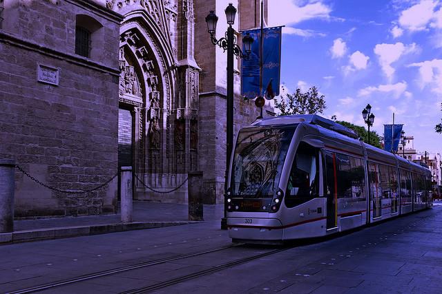 Tranvia_Catedral_Metrocentro_Sevilla