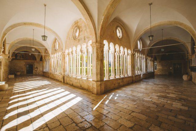 Monasterio Francisco, Croacia